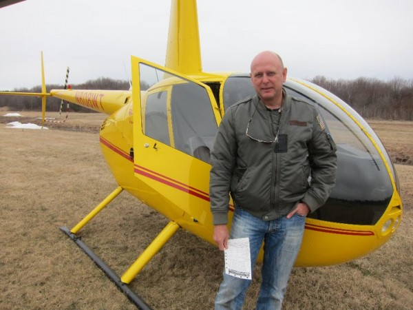 Mike trains in Bedford with his CFI, Kasim Te.  Posted by.